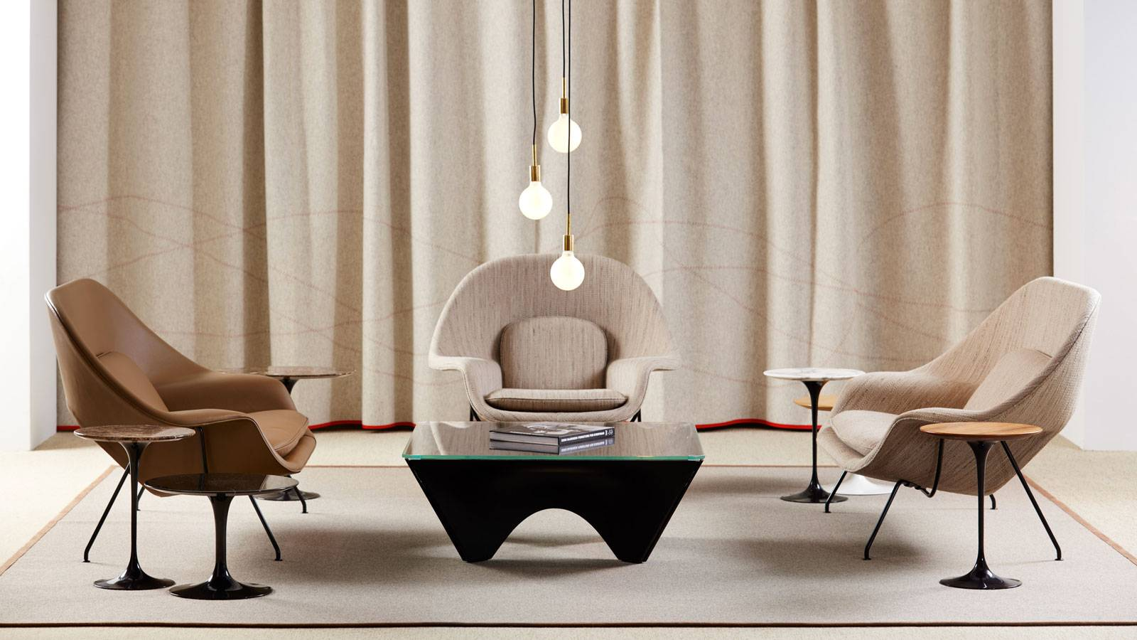 contemporary design furniture by Eero Saarinen for Knoll