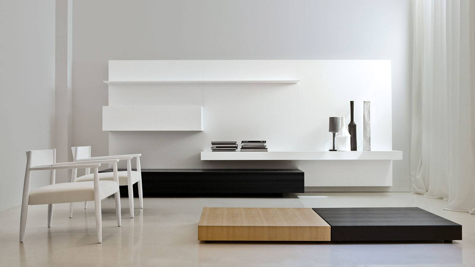 elegant end modern line by Lissoni for Porro