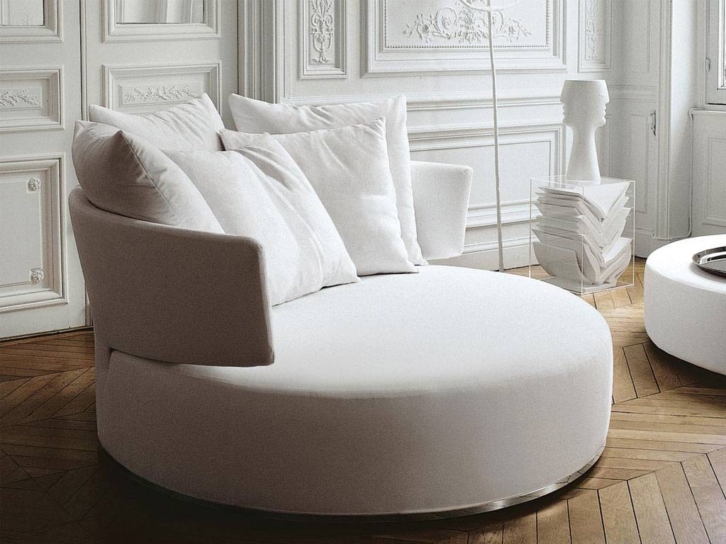 4 unique super comfy sofas read the sag80 blog now. Black Bedroom Furniture Sets. Home Design Ideas