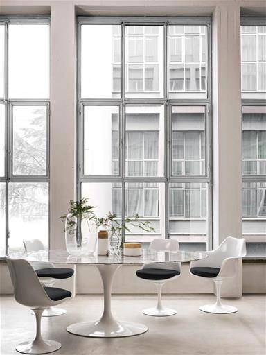 Knoll_Dining_Area_Saarinen_Table_Tulip_Chai