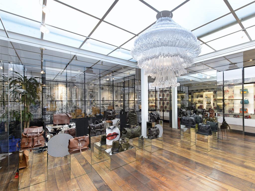 Showroom In Milan Via Trebbia Design By SAG80 Group