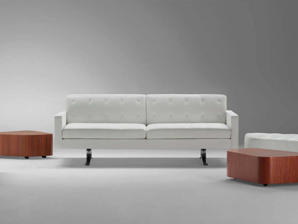 Outlet Poltrona Frau Tolentino.The Design Of Poltrona Frau Sofas And Armchairs Sag80