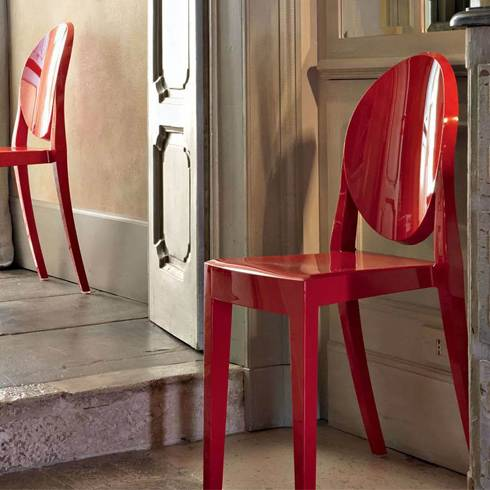 Philippe Starck lemon squeezer Victoria Ghost plastic chair red design